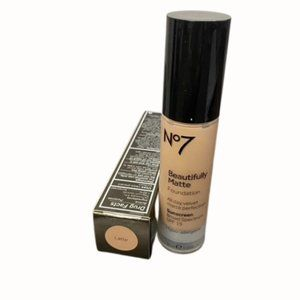 💋5/$20 No7 Beautifully Matte Foundation in Latte
